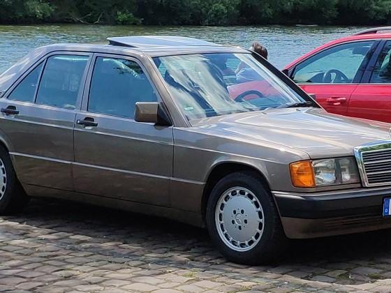 190E 2.3 1991