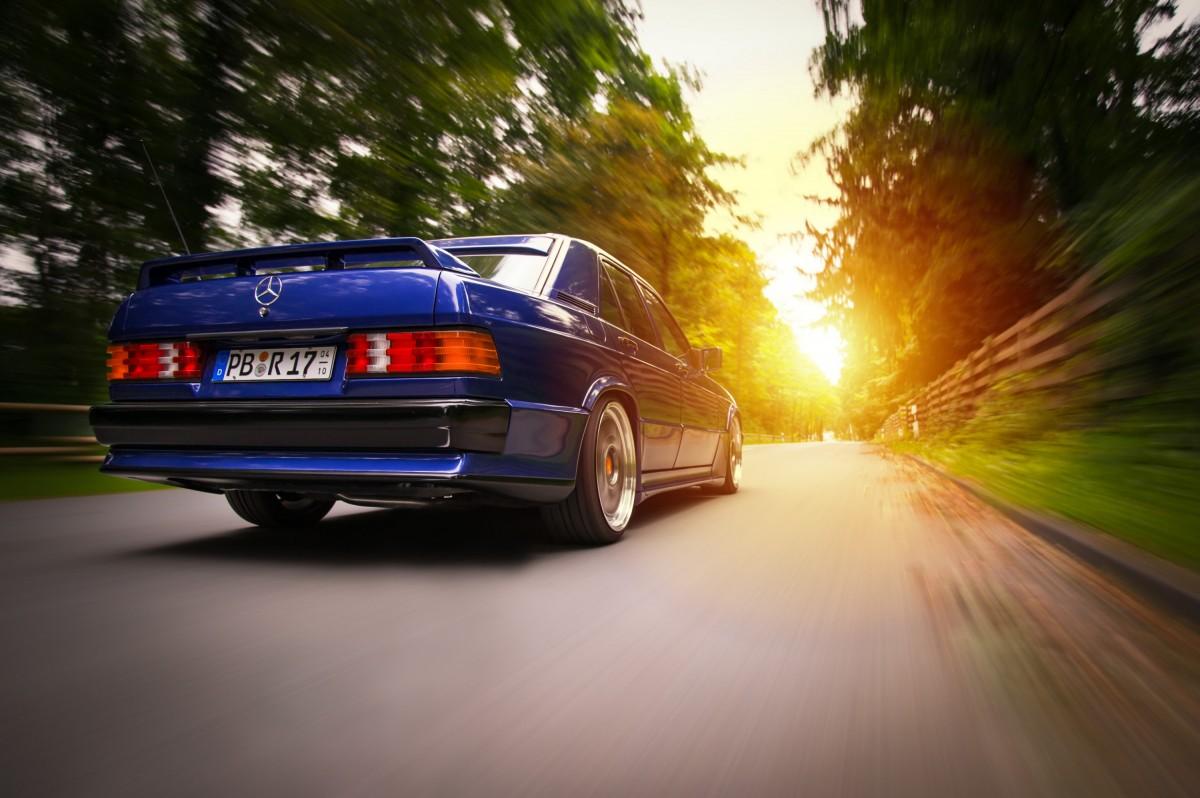 190E 3.0 Avantgarde Azzurro